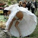 新娘走光美女尿急尴尬图片美女尿急美女尿急图片