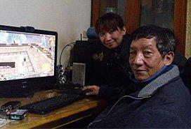 68岁老汉带全家打魔兽世界 有6个90级大号