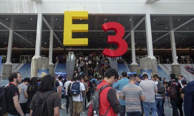 平凡玩家E3终圆梦:与小岛合影还邂逅宫本茂