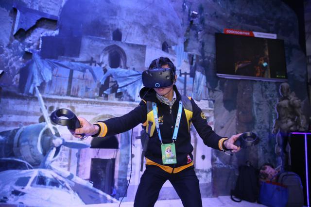 腾讯首款VR游戏猎影计划亮相TGC 逼真体验好评不断