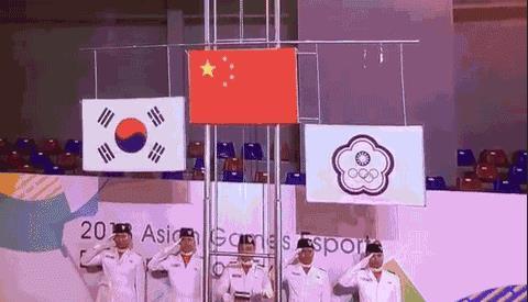 编队,给中国的所有召唤师们,献上了一场英雄联盟×无人机灯光秀专场