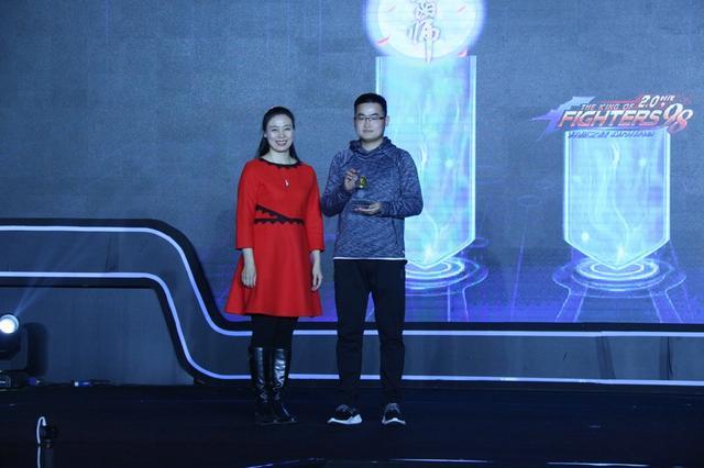 2016中国游戏风云榜:阴阳师获年度最佳卡牌手游