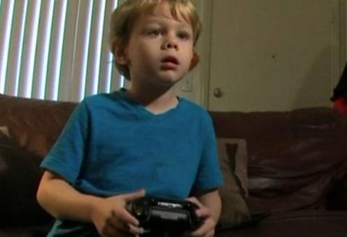 5岁小孩玩游戏发现微软漏洞 被聘为研究员