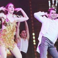 中美高校舞蹈对抗赛现场热图 欧豪献歌助阵