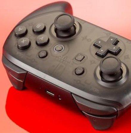用这款转换器让你用PS4手柄玩NS