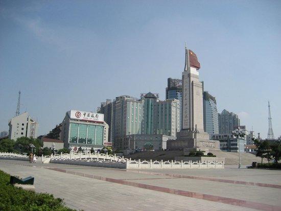 江西房地产回暖 前7月商品房销售额逾800亿