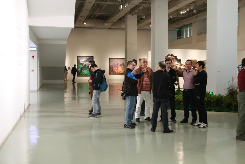 让艺术嵌入日常:胡赤骏和他的学生们
