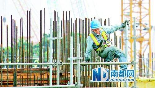 港混凝土工加薪20% 每天1800元年入近50万