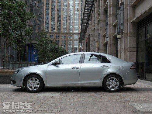 车型/尺寸单位mm长宽高轴距奔腾b904860高清图片