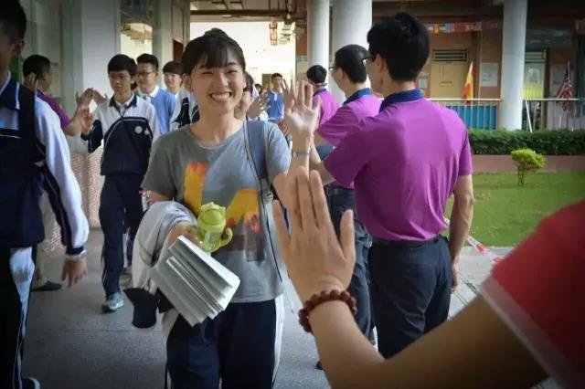 官方发布深圳高考成绩单:省文理状元都深圳的