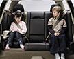 孩子出行晕车宜用自然疗法 8岁内不要用晕车药晕车贴