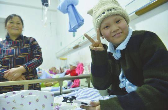 """笑对病魔 四川""""00后""""抗癌女孩病中录下235个抖音视频"""