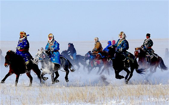冰雪与民俗完美融合的盛宴 亮丽内蒙古