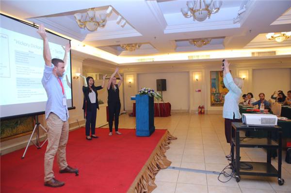 国际论坛问道教育发展 艺术盛宴助力慈善公益