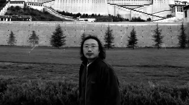 """""""葳蕤春光——李雪松花鸟画作品展""""开幕"""