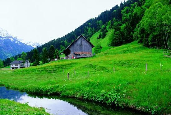 国庆出国游 走更远看更美的风景