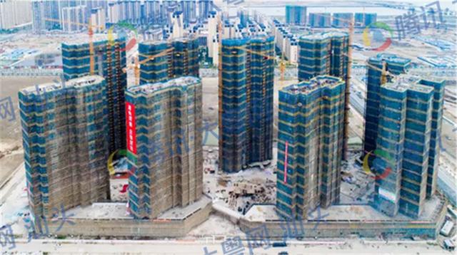 龙湖:天合名門一期工程全面封顶