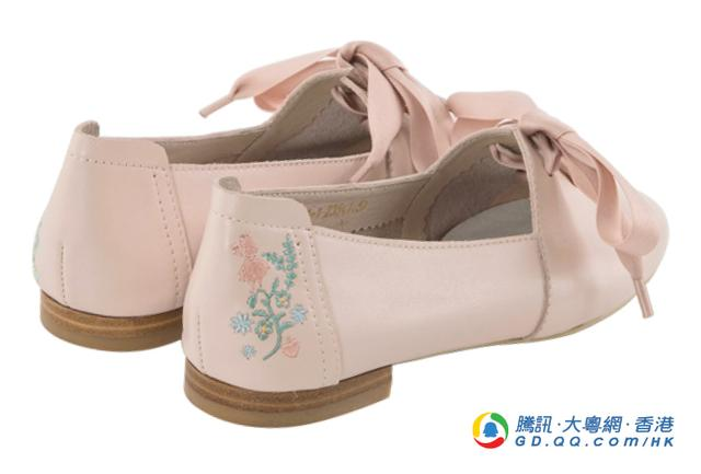 刺绣花朵 梦幻的爱丽斯鞋子