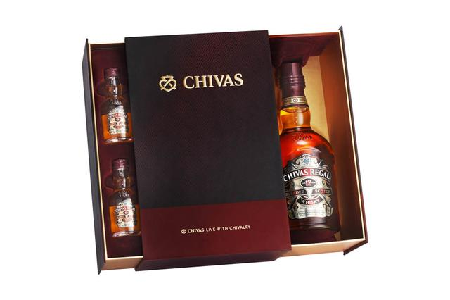 芝华士12年苏格兰威士忌2014新年礼盒上市