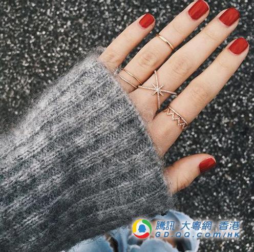 女生要耍心机 今年行桃花运就靠指甲新色