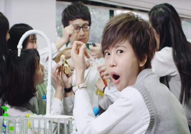 陈慧敏 Vivian Chan -《慧敏歌》Official Music Video