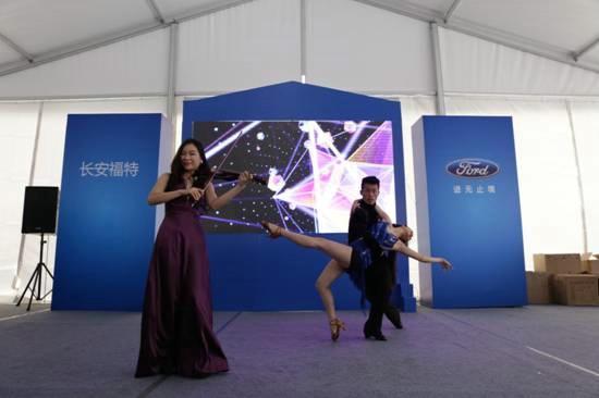 SUV基因,无界锐享福特悦界视频_汽车_腾讯试驾北京矩阵图片