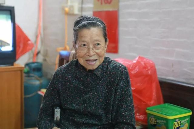 经历抗战,她从香港徒步回佛山!这些青春,你看完泪奔了吗?