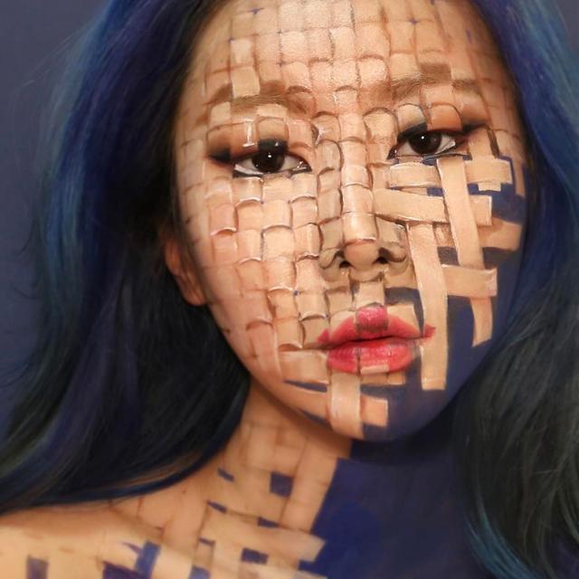 韩国姑娘Dain Yoon以身体为画布创作出亦真亦幻的人体艺术