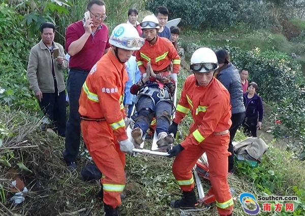 梅州五旬女子掉落10米深枯井 腰部受严重撞击