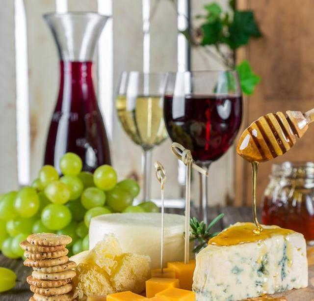 健康饮酒过好年 这7种食物要避开