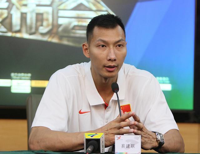 中国男篮VS立陶宛在广州热身 阿联回归国家队