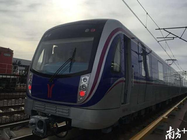 车说 旅游体验师  近日,广州地铁六号线二期最后2列列车在中车青岛