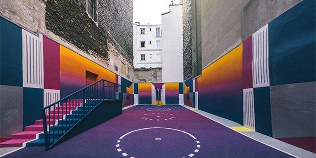 遇上巴黎的彩虹篮球场