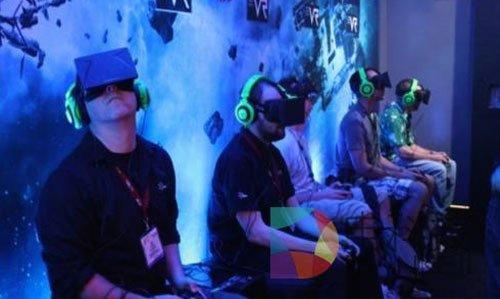 """什么是VR?――身在""""现实"""",但并非""""现实"""