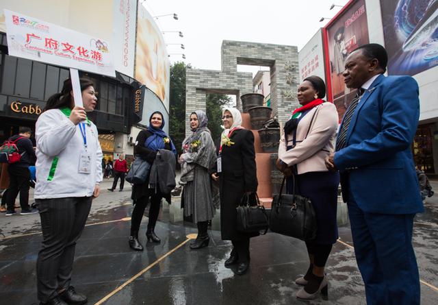 北京路能作更多的推广,让游客获得更多优质的商品