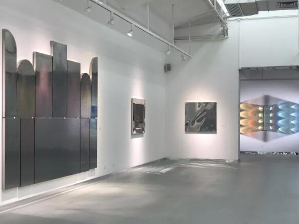"""视频档案   """"悬置的视网膜——曾曦的解构主义现象学之路""""展览回顾"""