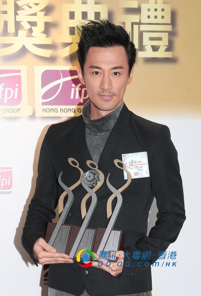 容祖儿囊括6大奖项 成为大赢家