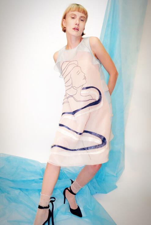 混迹时尚圈不知道Lysandre G.L的刺绣,还敢称自己是小仙女?