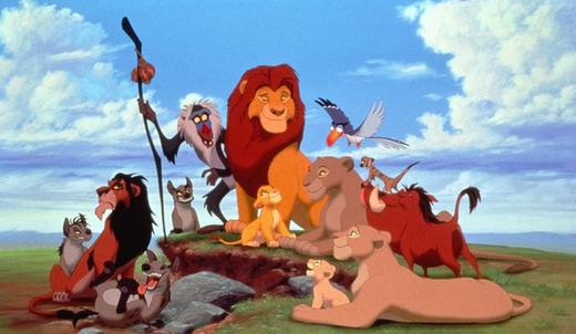 迪士尼善于发掘与改写经典故事,例如1994年出品的《狮子王》,将《哈姆雷特》从宫廷复仇剧,改写成辛巴的个人成长故事。 新千年以来,始于诺兰对《蝙蝠侠前传》三部曲的成功重启,传奇故事赖以生发的政治背景慢慢被好莱坞从幕后搬上台前。超能英雄题材电影中的主人公,不再满足于被动拯救危机中的世界,而转向寻求在政治舞台的拳脚施展。 《复仇者联盟》、《X战警》等一系列影片在用大量酣畅淋漓的打群架动作戏满足观众视听享受的同时,也不吝惜暴露超能英雄往往不容于现代社会的尴尬处境。在《疯狂动物城》中,背负兽性基因的少数