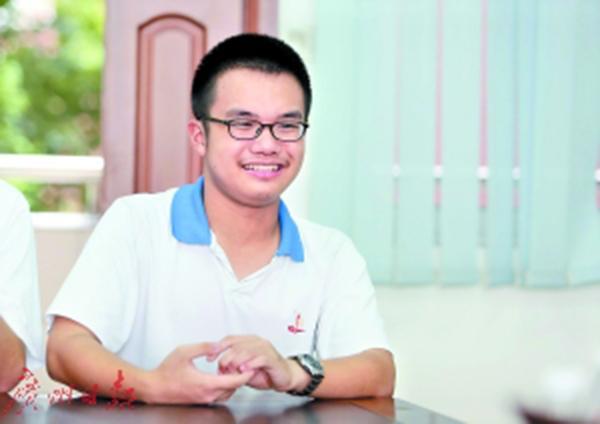 广州两高二学生高考超重本线百分左右,被中科大录取