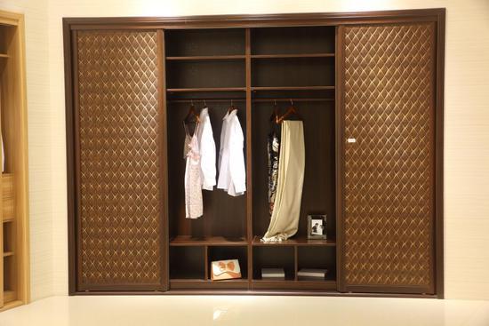 移门衣柜的选购要点是什么?