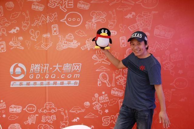 我只想让他们在那个点上很快乐,不要考虑那么多——对话第一届时尚公益盛典获奖人:王厚明