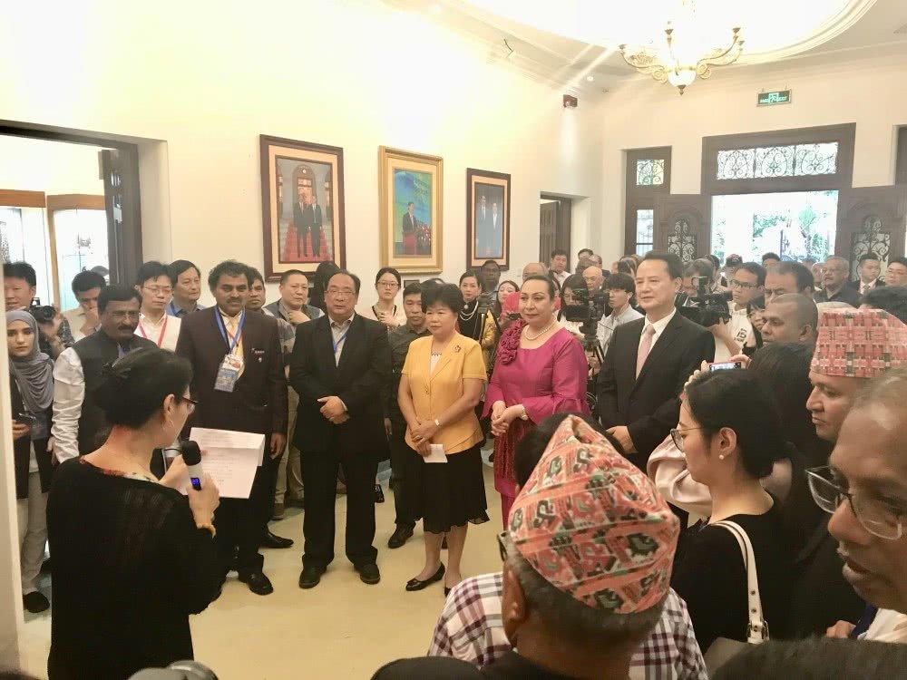 """简讯:""""丝路印记""""藏书票展在广州举办"""