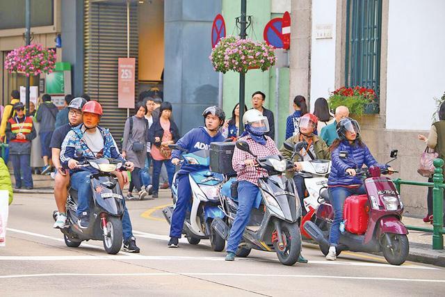摩托车头盔回收计划
