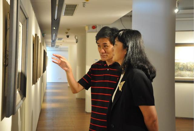 钟曦绘画作品展坪山站巡展开幕 呈现30年艺术精粹