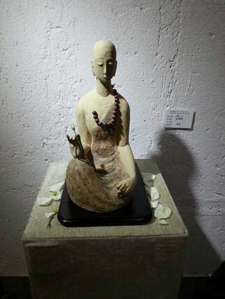 创艺时光—张微微陶艺作品展于燃灯山房展出