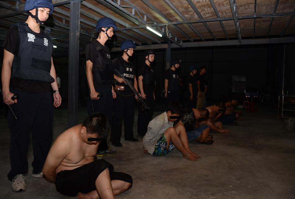 揭阳警方破获特大制毒案 废工厂造130公斤冰毒