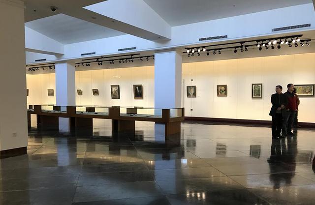 两大品牌展览同时进行 中国油画院与岭南画院展开更广泛、多层次的学术交流