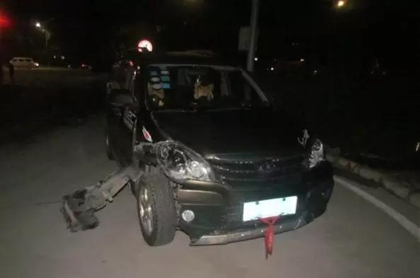 珠海男子深夜连撞两车 竟当场把车送给对方