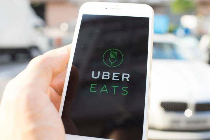 飛來的食物 Uber開始用無人機送外賣